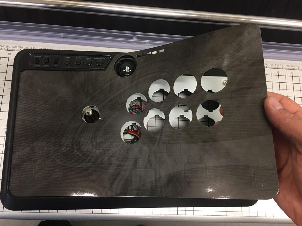 Venom/Mayflash F500 Artwork Install - Step 3
